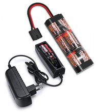 Traxxas 2984G Charger (2A) and 8,4V NiMH 3000mAh Hump iD Combo