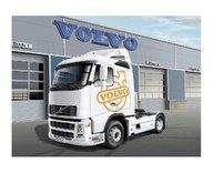 Italeri 3907S 1:24 Volvo FH16 520 Sleeper CAB